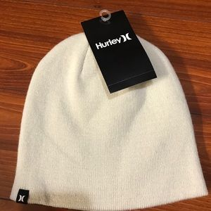 Hurley ivory beanie. New with tag.